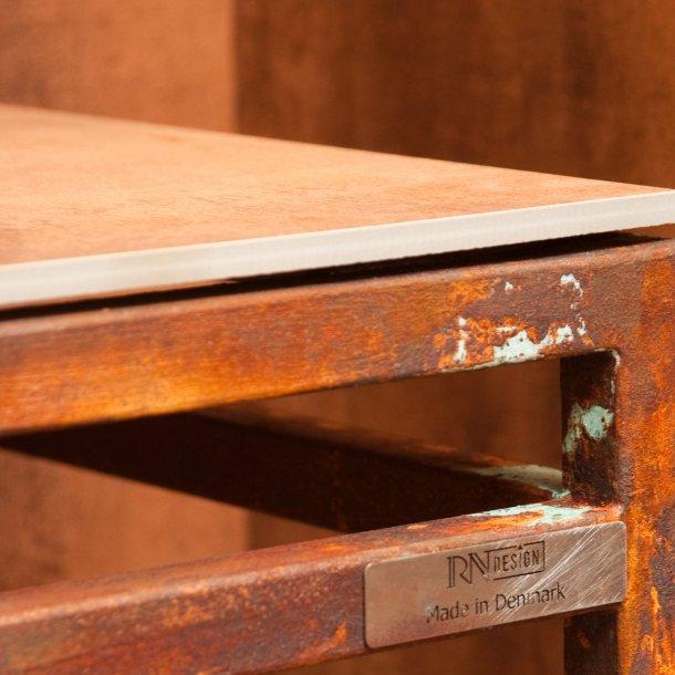 Rusty på møbler